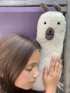 coussin lama au tricot